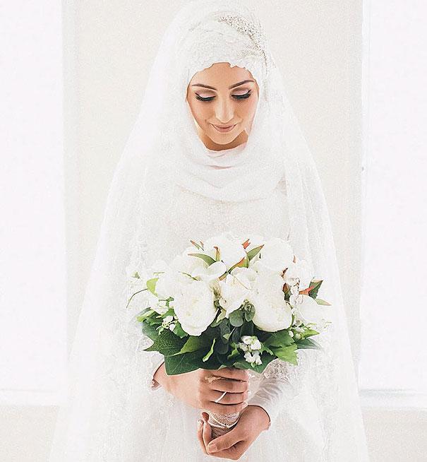 hijab-bride-muslim-wedding-24-57d66f2d92233__605