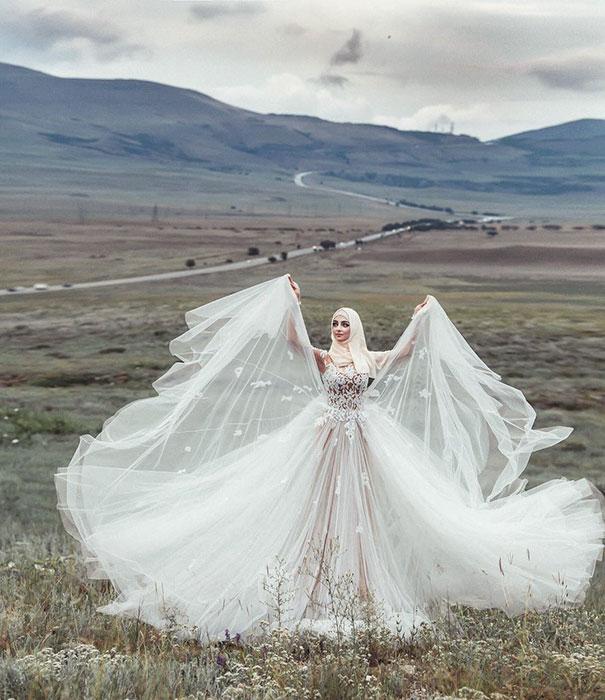 hijab-bride-muslim-wedding-55-57d68e77029f1__605