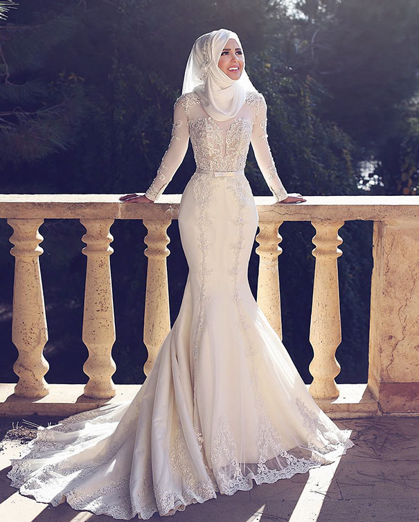 hijab-bride-muslim-wedding-67-57d6a0f8899a6__605